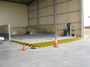 Equipment, car and truck wash, new bunded concrete washbay wash pad